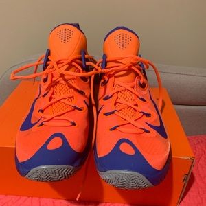 Brand New...MEN'S NIKE ZOOM HYPERREV 2015